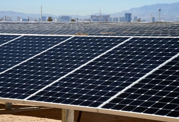 las vegas güneş enerjisi